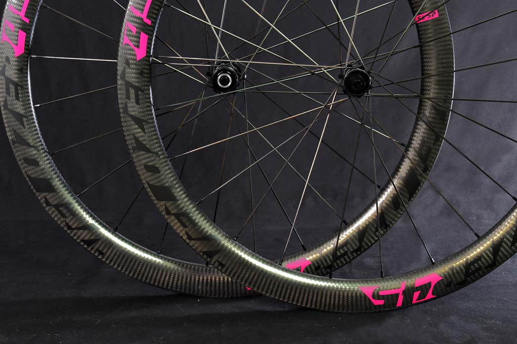 Juego de ruedas Perfil 45